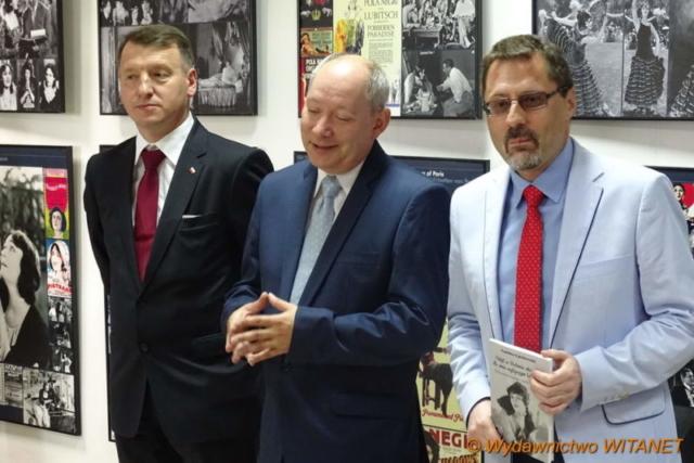 Otwarcie wystawy przez dyrektora muzeum